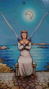 Conselho e Significado Carta de Tarô Dois de Espadas